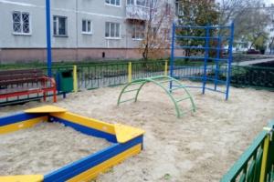 Еще две придомовые территории в Каменске-Уральском преобразились в рамках программы «Комфортная городская среда»