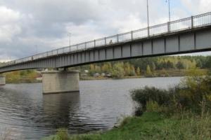 Вчера вечером в Каменске-Уральском у пешеходного моста через Исеть в среду нашли тело мужчины