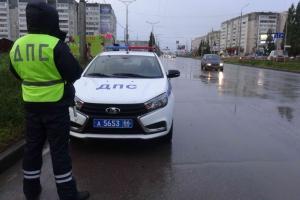Профилактическое мероприятие «Безопасная дорога» проводят сотрудники Госавтоинспекции Каменска-Уральского