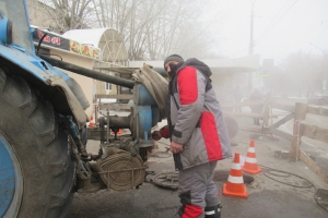 В Красногорском районе Каменска-Уральского сегодня завершают устранение серьезной коммунальной аварии