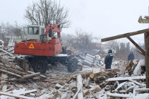 Два многоквартирных дома в селе Колчедан, что под Каменском-Уральским, признали аварийными. Их снесут