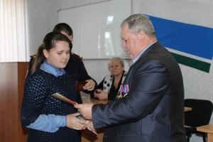 Полицейские в Каменске-Уральском вручили паспорта юным горожанам
