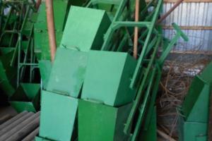На установку урн во дворах Каменска-Уральского в этом году потратили более 80 тысяч рублей